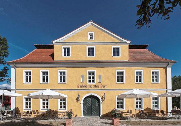 Sanierung der Alten Post in Ponholz Gaststätte mit Büros
